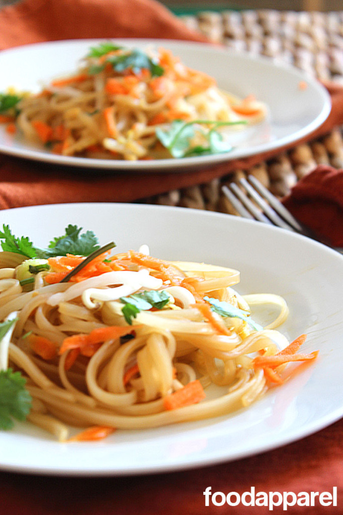 Simple Pad Thai at FoodApparel.com
