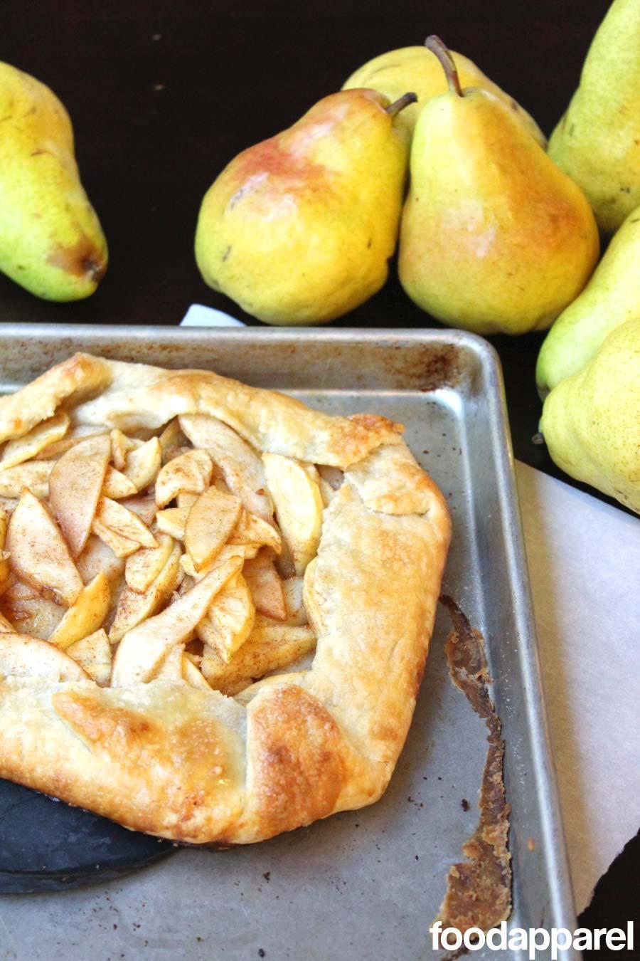 Apple Pear Galette Recipe (Rustic Pie)   Food Apparel